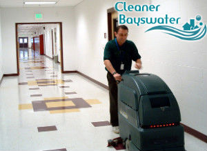 floor-cleaning-with-machine-bayswater